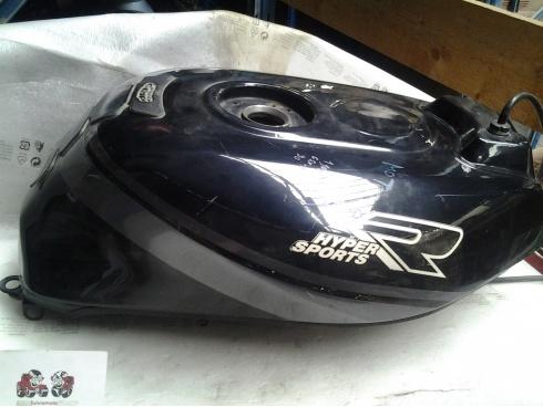 Reservoir 1100 GSXR SUZUKI Pice Moto Occasion P14566