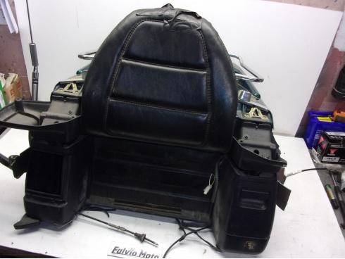 top case 1500 goldwing honda pi ce moto occasion p41450. Black Bedroom Furniture Sets. Home Design Ideas