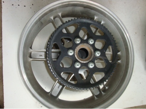 roue arri re 1000 xb12r buell pi ce moto occasion p44948. Black Bedroom Furniture Sets. Home Design Ideas