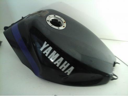 couvre r servoir 600 fzr yamaha pi ce moto occasion p46450. Black Bedroom Furniture Sets. Home Design Ideas